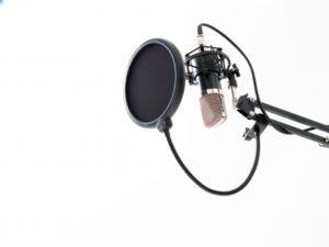 声優養成所に通う期間はどれくらい?